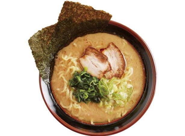 家系らーめん澤井 / 麺の硬さ、スープの濃さ、油の量はお好みで調整ができる「ラーメン」650円