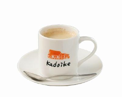 「ブレンドコーヒー」(380円)など、ドリンクを1杯頼むとついてくる豪華モーニングが話題