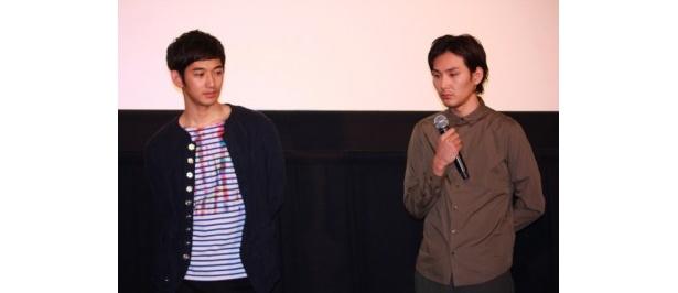 【写真をもっと見る】瑛太と松田龍平が和やかな雰囲気で共演エピソードを語った