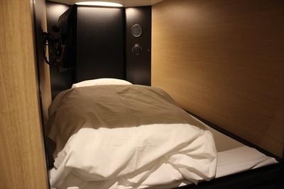 宿泊エリアのベッド・マットレスはテンピュール製