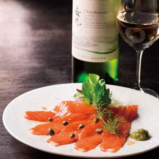 北海道や長野、山梨、岡山の各産地のゆかりある食材で作る料理も用意/GRANDE POLAIRE WINEBAR OSAKA