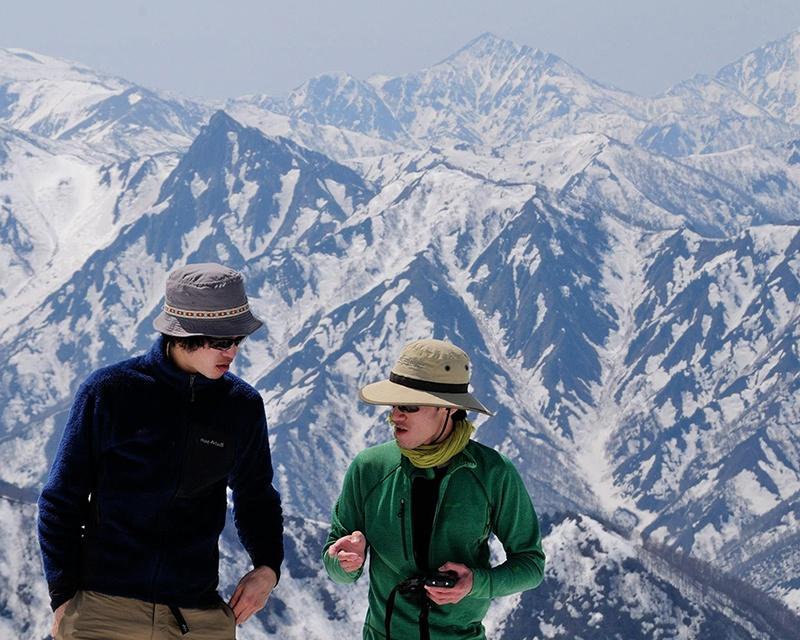 冬が嫌いな人にこそ知ってほしい!世界的人気のパウダースノー天国ニセコは、バックカントリースキーで楽しむべし