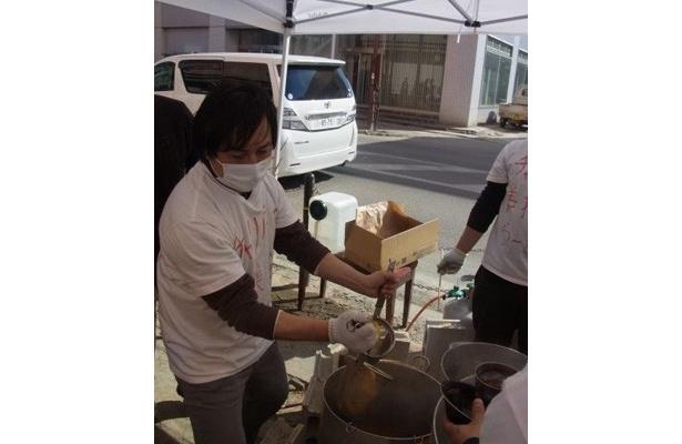 宮城県石巻市での炊き出しの様子