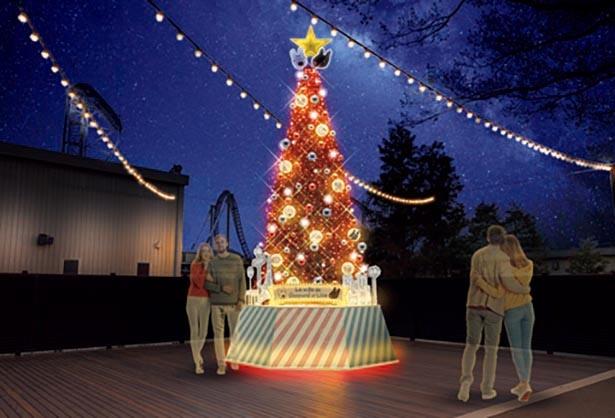8メートルのツリーは赤・青・黄色に表情を変える / リサとガスパール タウン