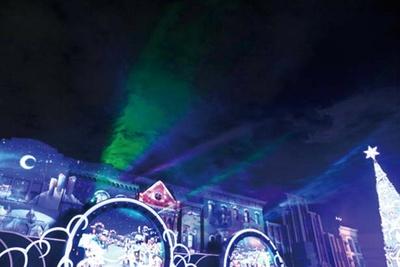 4.クライマックスではクリスタルの妖精が登場しオーロラの演出も/ユニバーサル・スタジオ・ジャパン