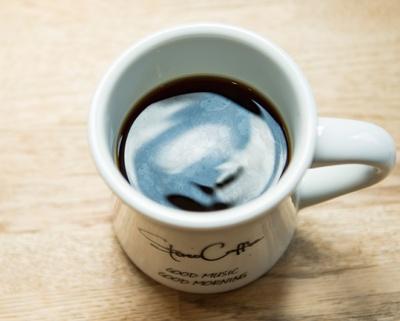 STEREO COFFEE / ハンドドリップコーヒーは550円〜(税込)