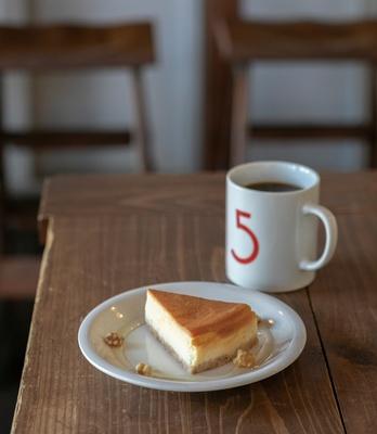 5CAFE 本店 / 「チーズケーキセット」(770円~・税込)