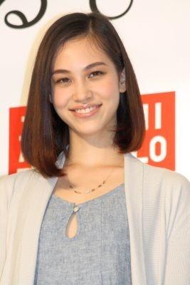 ユニクロの新商品発表会に登場したモデルで女優の水原希子さん