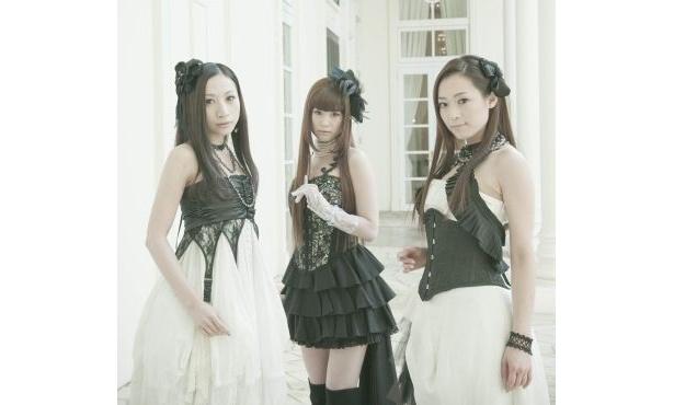 「Kalafina」の3人(左からHikaru、Keiko、Wakana)