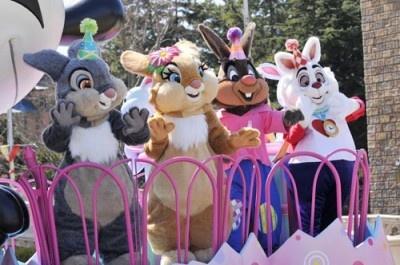 イースターには欠かせない、ディズニーキャラクターのウサギたちも集結♪