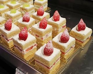 ピエール・エルメ・パリのスイーツも食べ放題!ホテルニューオータニの新イチゴビュッフェを実食レポート
