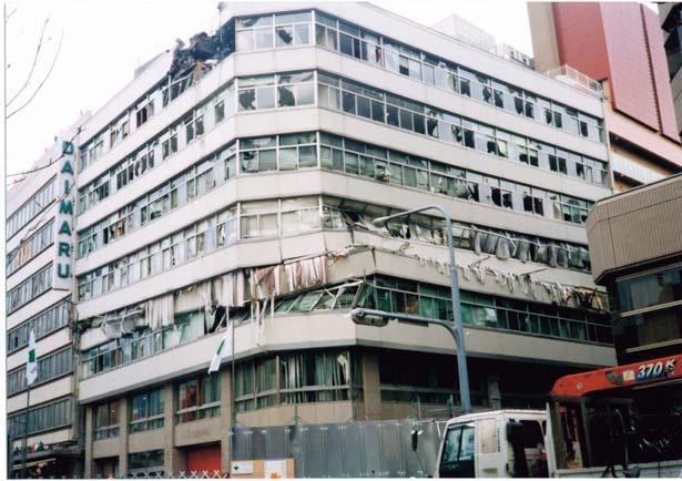 震災では東側が特に大きく損壊。周辺施設の「BLOCK30」一画に対策本部を設置した/大丸神戸店