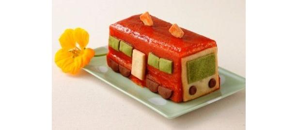 """キュートな""""車両型""""ケーキ「トラン」はGWに発売されるエキナカ商業施設「グランスタ」の限定商品♪"""