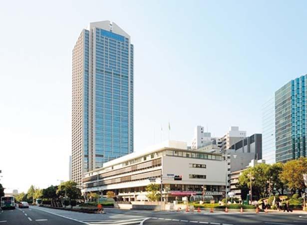 現在の市庁舎1号館(奥)、市庁舎2号館(手前)/神戸市役所