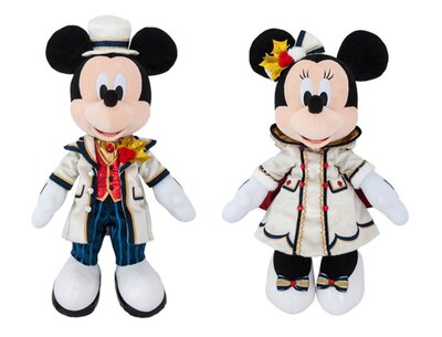 クリスマスコスチュームのミッキー&ミニーをお家に連れて帰ろう!「ぬいぐるみ」(各3800円)