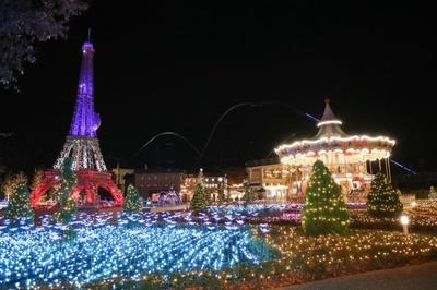エッフェル塔広場に光の花畑が出現!「クリスタルガーデン」