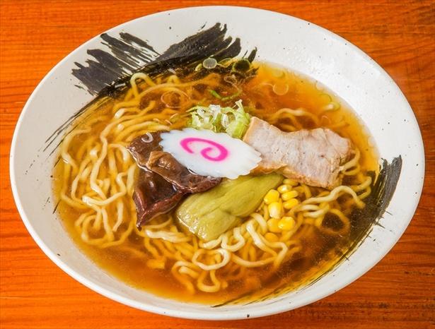 【画像を見る】こちらのスープも美しい!「和風ラーメン」
