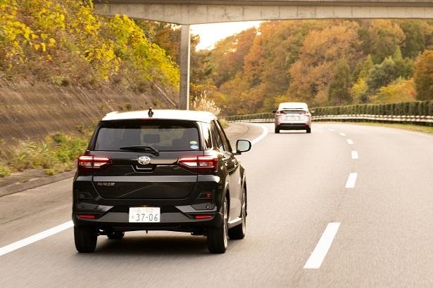 さまざまな安全機能で、常にドライバーや同乗者の安全運転をサポートしてくれる