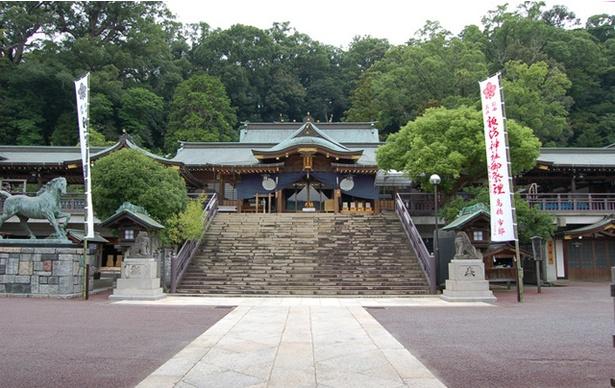 諏訪神社 / 現在の社殿は1869(明治2)年に再建されたもの