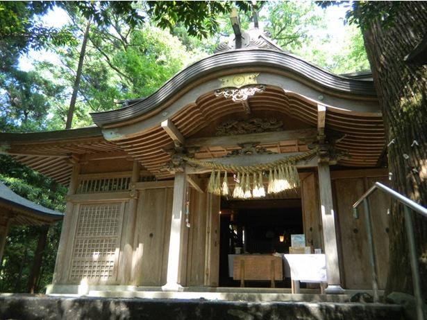 くし觸神社 / 社殿は1990(平成2)年に高千穂町の有形文化財に指定