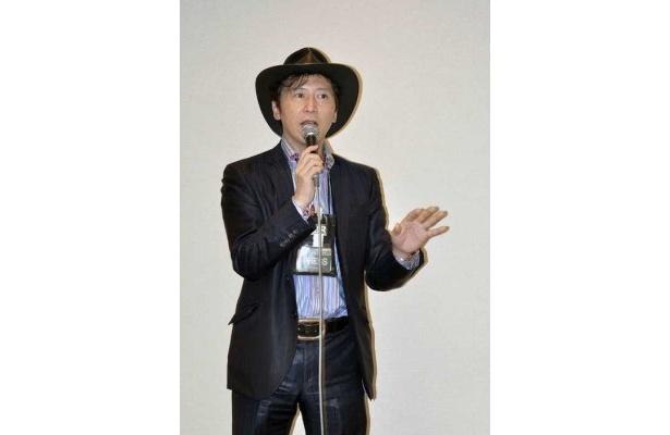 Kanda News Networkの神田敏晶氏による講演「ソーシャルメディア入門」は100人近い人が会場を埋め尽くした。おなじみのテンガロンハットをかぶった神田氏