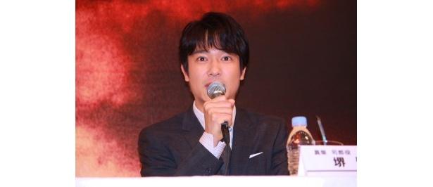 主人公の真柴司郎少佐役を演じた堺