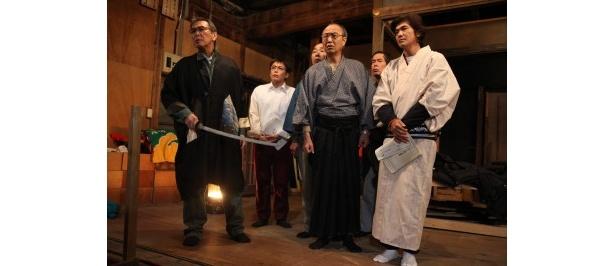 ベテランの俳優たちに混じり、佐藤浩市、松たか子、瑛太らも共演