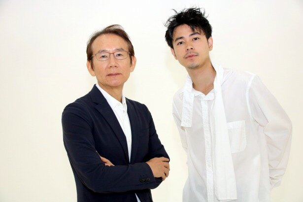 『カツベン!』の成田凌と周防正行監督