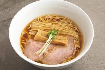 故郷・会津の地鶏の旨味が染み渡る 優しく心温まるような「鶏そば」