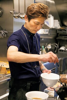 「ラーメン作りの元となっているのは、福島の白河にある『とら食堂』」と話す店主・山口裕史さん