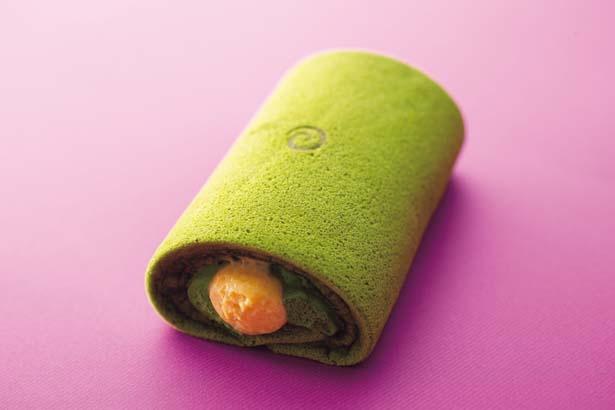 お濃茶太巻き(1112円)/マールブランシュ ポルタ店