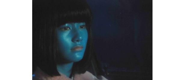青い肌でも美少女な『大木家のたのしい旅行 新婚地獄篇』の橋本愛