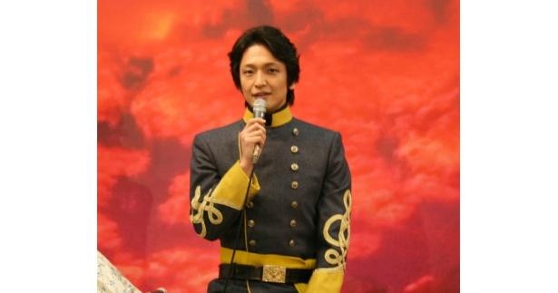 「帝劇100周年の節目に出演させていただけて光栄」と話した岡田