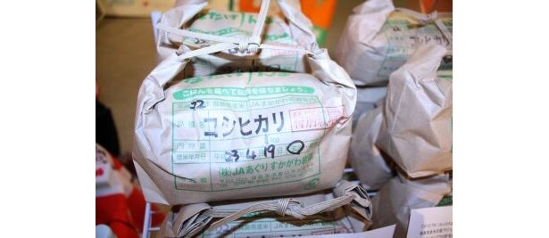 【写真】持ち帰りやすいサイズ・手頃な価格・美味しさと3拍子そろった福島県産米