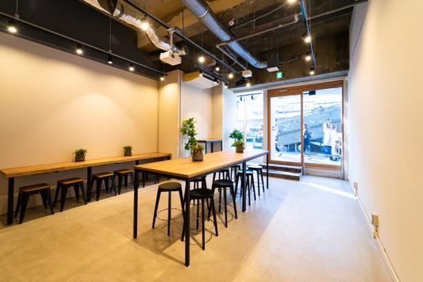 「000Cafe by tlc」は11月にオープンしたばかりのコーヒースタンド併設型ポップアップスペース