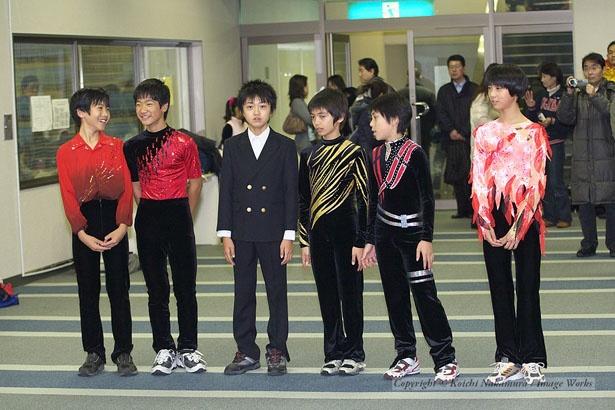 2007年全日本ノービスでの表彰式にて。吉野晃平君だけ、何故かブレザー姿