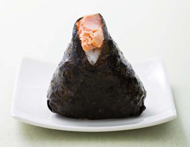 「米屋のおにぎり屋 菊太屋米穀店」の鮭(232円)/大丸梅田店