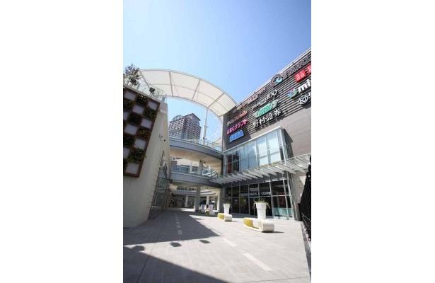 西日本で最大級のショッピングモール