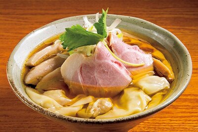 魚介の旨味が詰まったスープともっちり自家製麺がベストマッチ