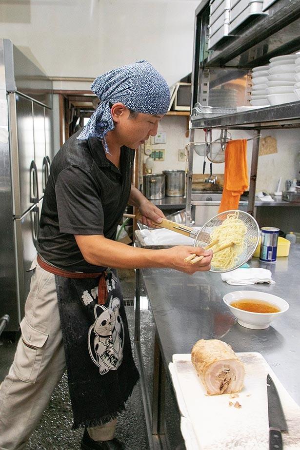 佐野市「田村屋」や栃木市「一の蔵」で修業を積み、2008年に独立した店主・飯塚則明さん