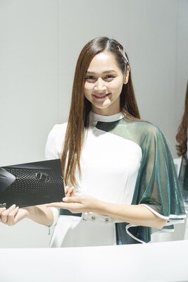 「福岡モーターショー2019」で見つけた美女