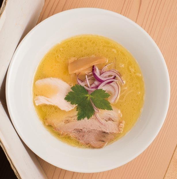 旨味とコラーゲンがたっぷりでコク深い「濃厚福島鶏白湯」 / 麺処 若武者 ASAKUSA(浅草)