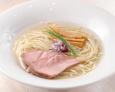 シジミの旨味と香りが余韻に残る、コハク酸たっぷりの滋味豊かなスープ