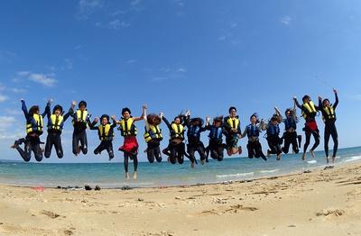 【写真】沖縄本島でマリンアクティビティというと西海岸のスポットが人気ですが、実は東海岸にも見逃せないスポットがあったんです!