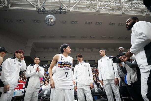 日本代表選手が多数出場してお祭り騒ぎ!普段は見られないコンビが実現する