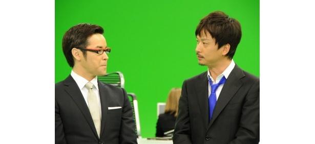 【写真】抜群のコンビネーション(?)で司会を務めるラルフ鈴木アナと椎名