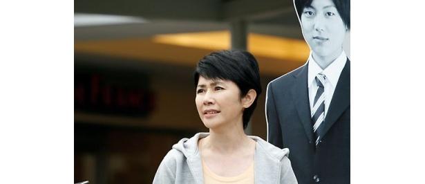 息子の夢を叶えるため、彼の志望していた早稲田大学を受験する圭子