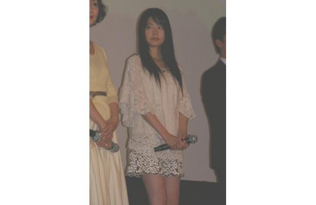 大学受験を控え、年上の彼氏との関係もすっきりしない女子高校生を演じた有村架純