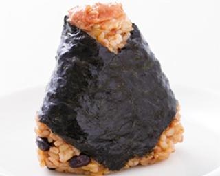 """まさに日本のおいしさ!デパ地下6店のこだわり""""梅""""おにぎりを食べ比べ!"""
