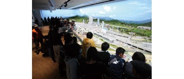 20分間で24時間を表現した日本最大のジオラマ